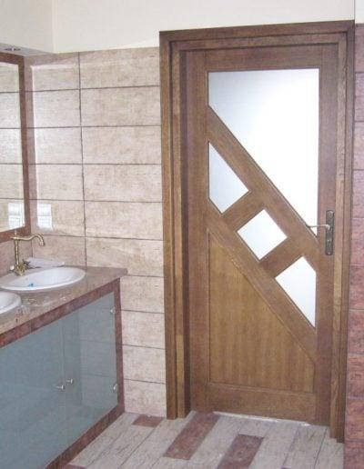 drzwi do łazienki brązowe-min