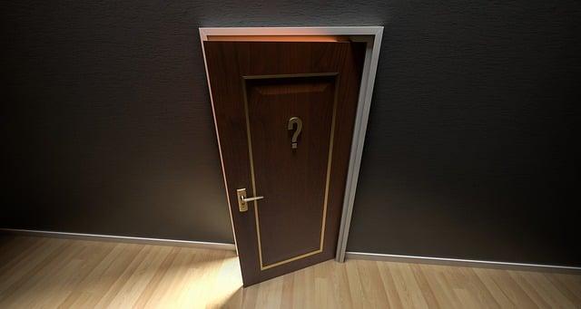 Z jakiego materiału wybrać drzwi wewnętrzne?